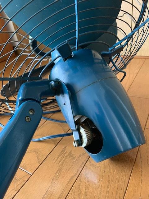 昭和時代の古い富士電機製の扇風機(FUJI SILENT FAN with capacitor)古いですがまだ動きます。_画像4