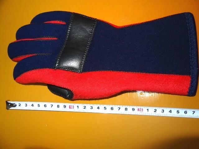 使用2日 カドヤ レース用雨天用手袋 高強度2~3倍厚 日本製 シリコン毛氈 ハイネオプレーン レイングローブ 耐水 全面高強度衝撃吸収 M_画像4