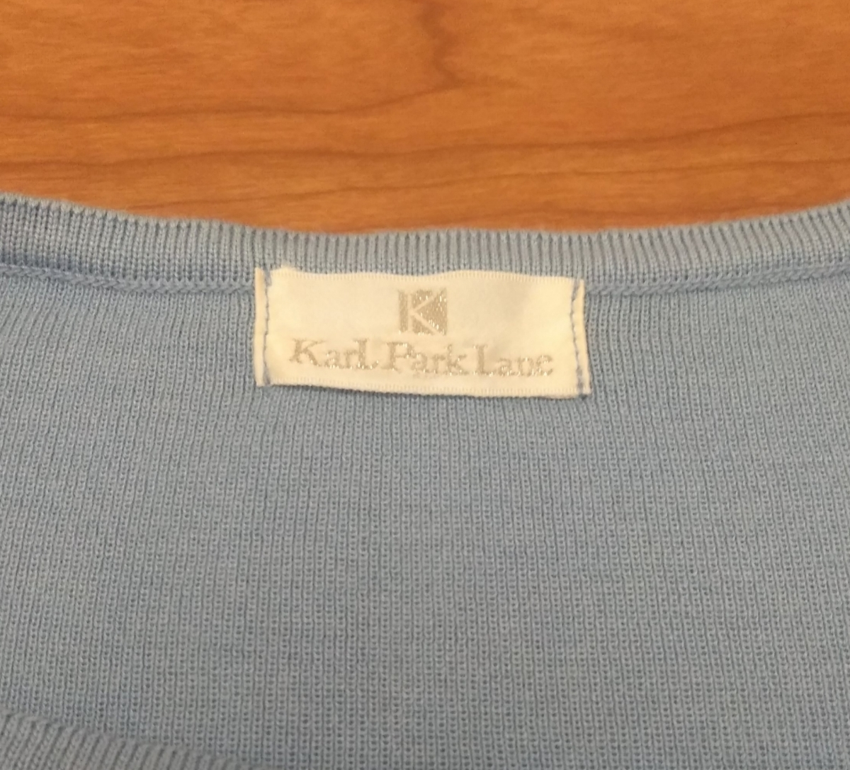 【新品】KarL Park Lane カールパークレーン トップス ブルー Mサイズ_画像2