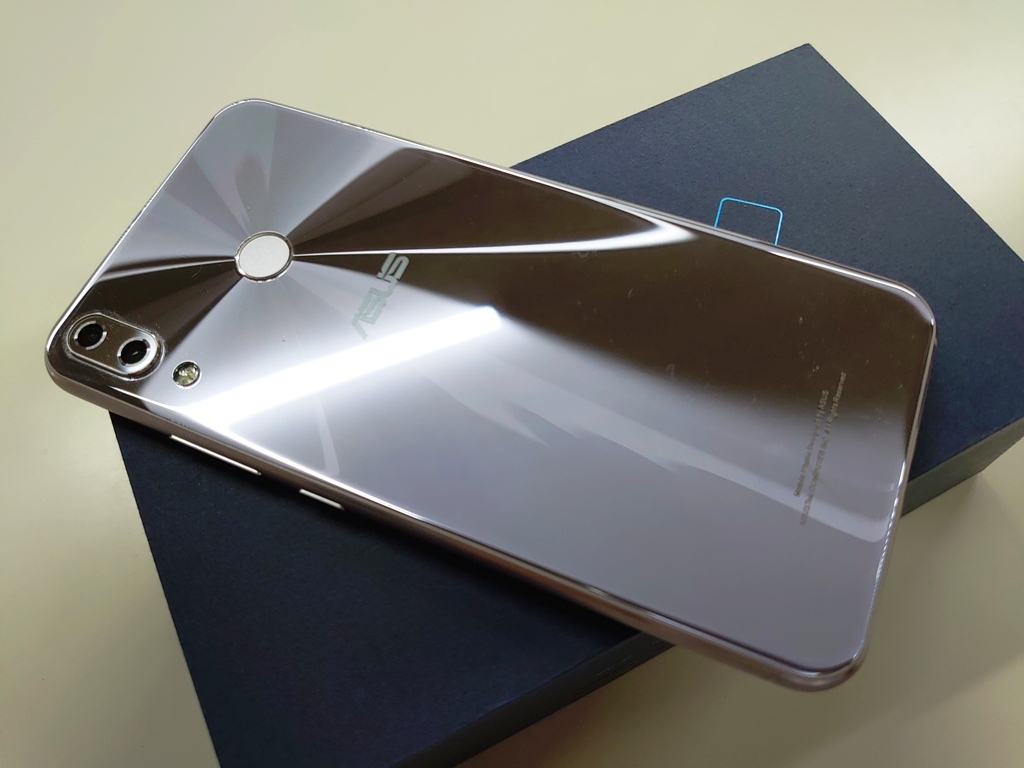 ASUS ZenFone 5 ZE620KL 64GB 6GB 1年弱使用 国内版_画像4