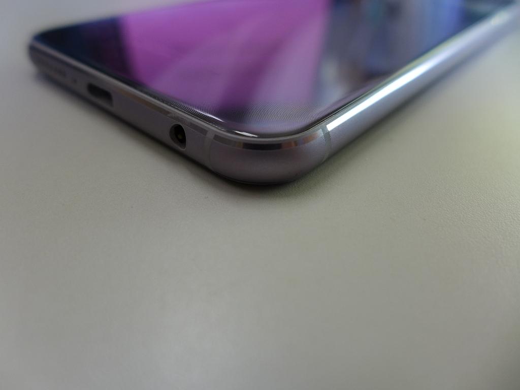 ASUS ZenFone 5 ZE620KL 64GB 6GB 1年弱使用 国内版_画像6