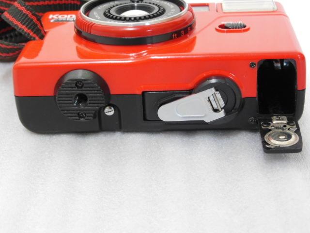 Konica コニカ C35 EF3 赤 HEXANON F2.8 35mm コンパクトフィルムカメラ_画像7