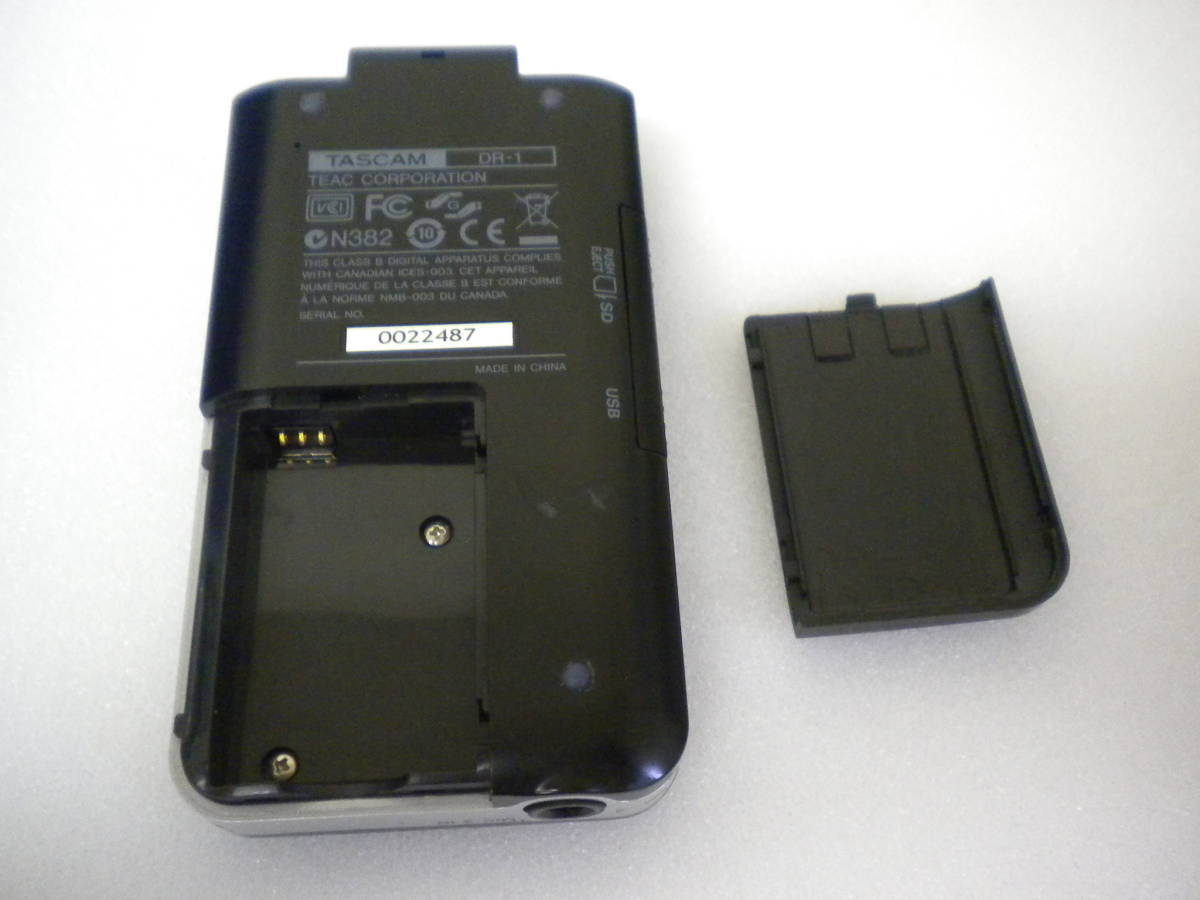う815 TASCAM DR-1 PORTABLE DIGITAL RECORDER デジタルレコーダー ジャンク 部品取りに_画像7