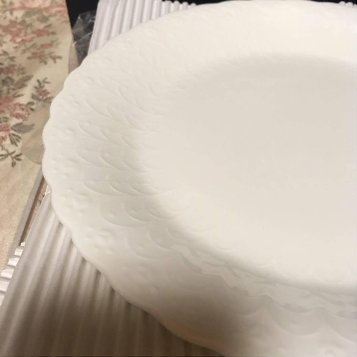 新品★ナルミ シルキーホワイト 19cm プレート ケーキ皿 6枚セット_画像3