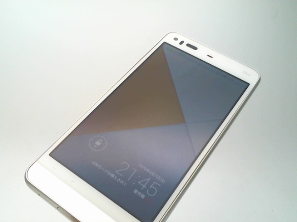 A39960*au*AQUOS PHONE SERIE*SHL23*16GB*ホワイト*ジャンク*同梱可*(t.y)②