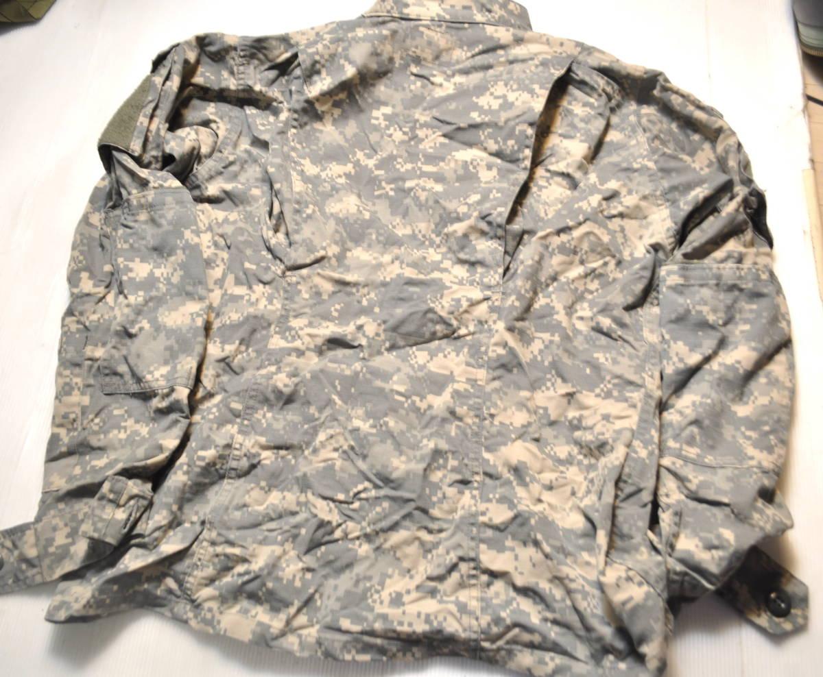 実物 米軍放出品 ACU 陸軍 米陸軍 US ARMY デジタル迷彩 女性兵士用 コンバットジャケット 上着 36-L 戦闘服 BDU D COMBAT JACKET IR_画像4