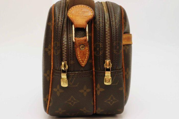 ルイヴィトン Louis Vuitton モノグラム リポーターPM ショルダーバッグ  斜め掛け 定価約16万円 メッセンジャーバッグ 鞄_画像4