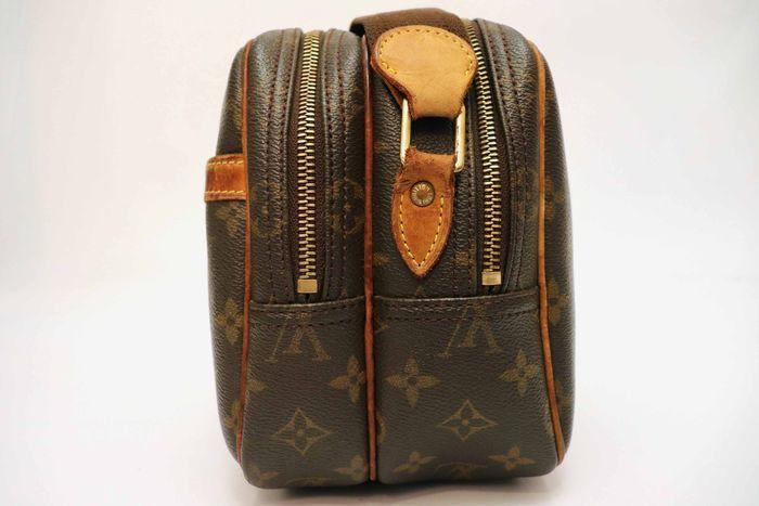ルイヴィトン Louis Vuitton モノグラム リポーターPM ショルダーバッグ  斜め掛け 定価約16万円 メッセンジャーバッグ 鞄_画像5