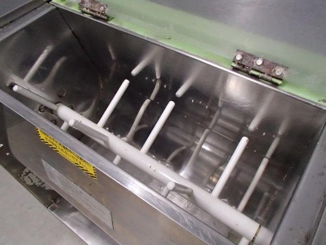 05-9281 中古品 大和製作所 製麺機 (練り機/12.5kg) 店舗用品 厨房機器 調理機器 業務用 飲食店様用 自家製麺 うどん 日本そば ラーメン_画像2