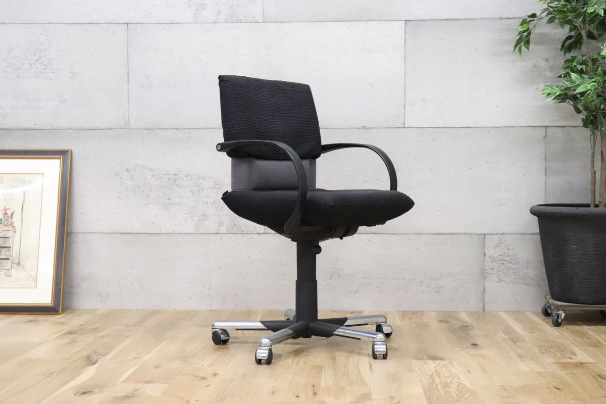 vitia ヴィトラ ○ Figura フィグラ 作業椅子 デスクチェア ワークチェア マリオ・ベリーニ 事務 オフィス チェア gmbk469 B_画像6