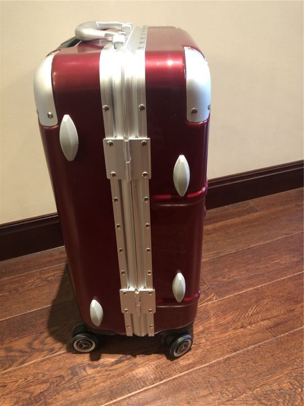 定価12万.最高級※メルセデス・ベンツ/Mercedes-Benz アルミフレーム・軽量/静音・オリジナル・スーツケース・キャリーケース・赤_画像10