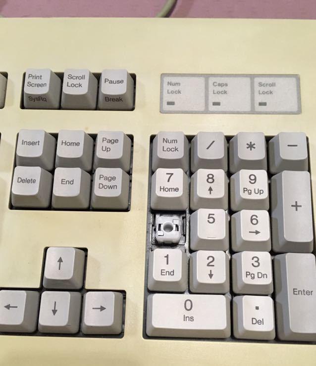 ★親指シフトキーボード ★FMV-KB211 ジャンク!_画像2