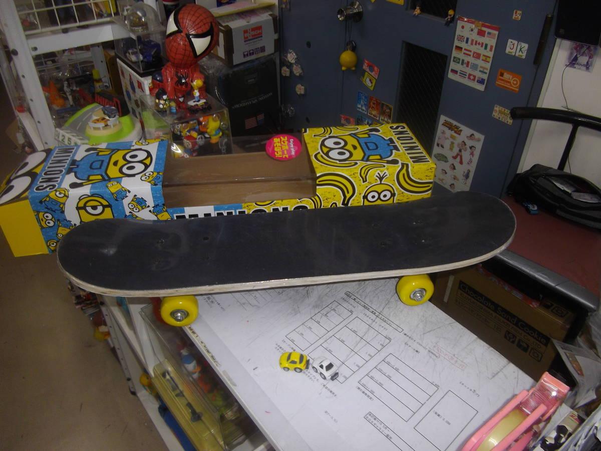 ◆激渋!◆超可愛いスケートボード『ミニオン』未使用◆箱悪【boxman_77】_未使用天板状況です。