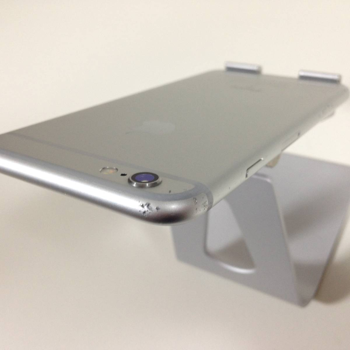 iPhone6s docomo 64GB シルバー MKQP2_d8845_画像4