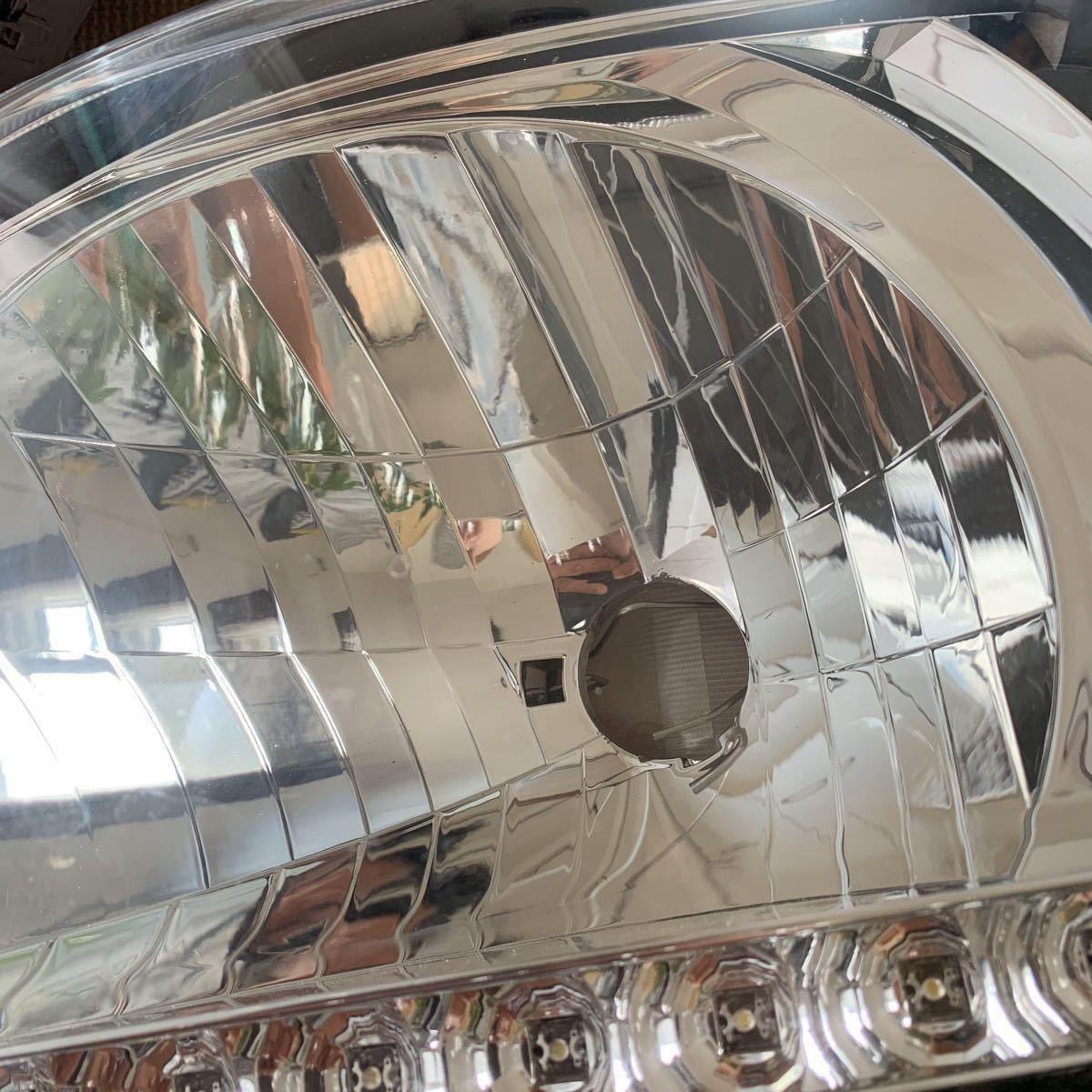ハイエース 200 DEPO インナーブラック ヘッドライト_画像3