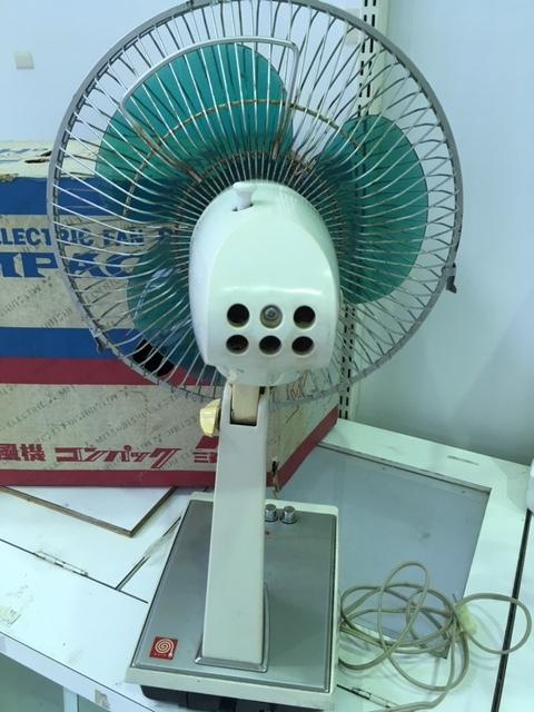 昭和レトロ MITSUBISHI 扇風機 コンパック/三菱電機 D30-H9 稼働品☆中古・元箱入り _画像2