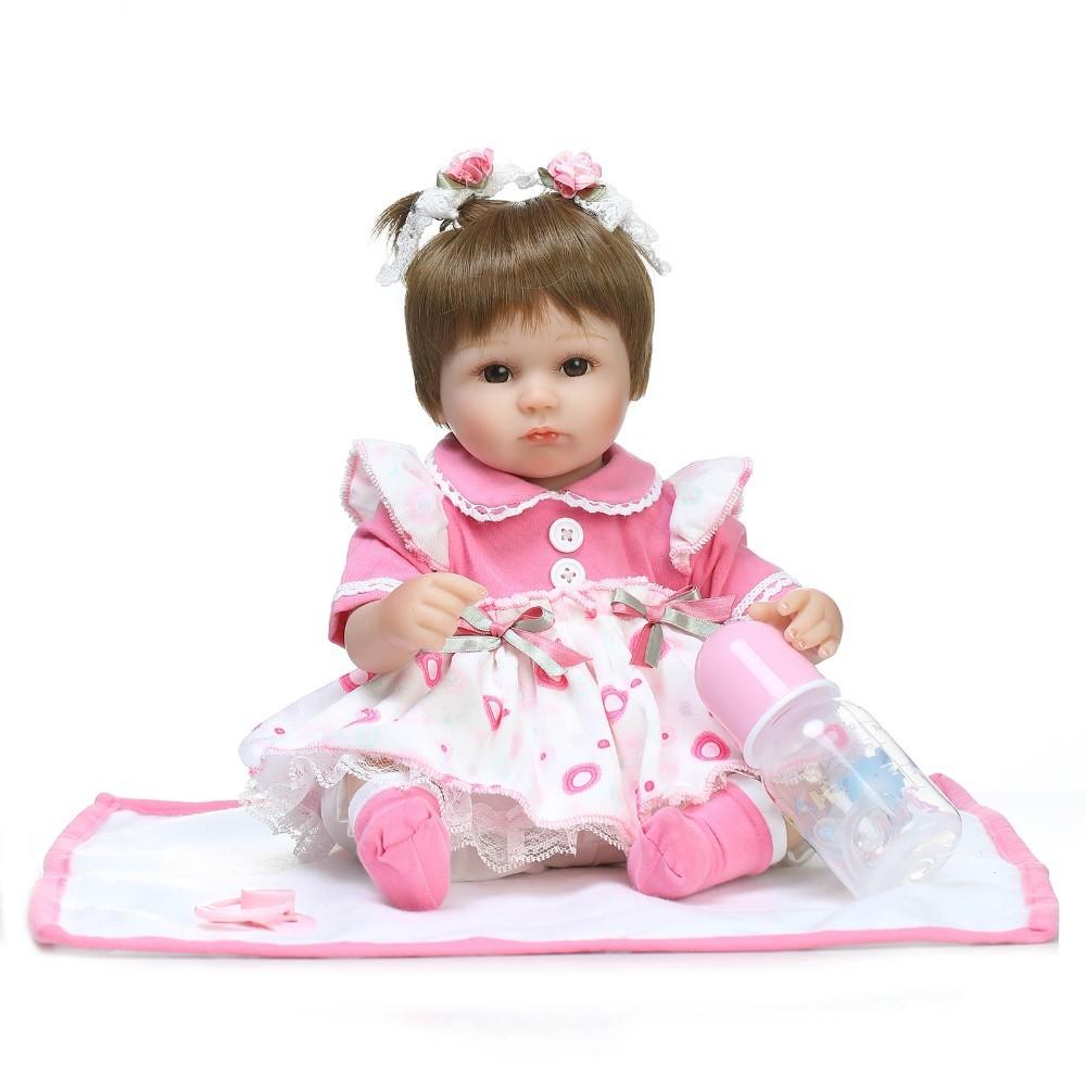 【送料無料】優しいお顔 女の子 リボーンドール 赤ちゃん人形 ベビー人形 ベビードール 抱き人形 リアル かわいい 乳児 お世話セット