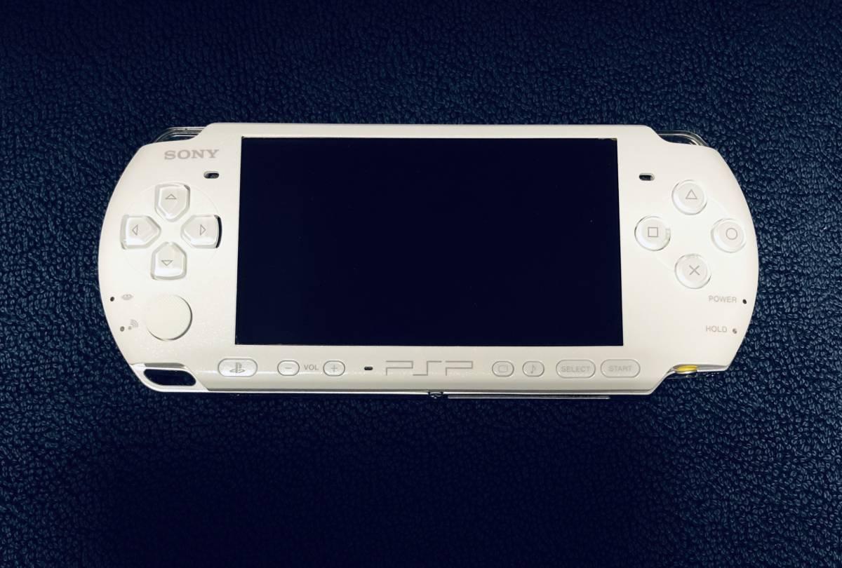 ★ほぼ新品 極上品★ PSP 3000 PSP3000 パールホワイト Pearl white 付属品完備 即決_画像3