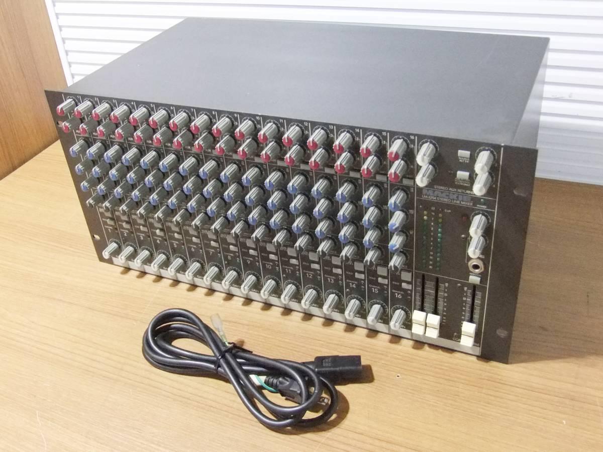 E1F肆◎【中古品】LINEミキサー MACKIE LM-3204 16chステレオ アナログラインミキサー