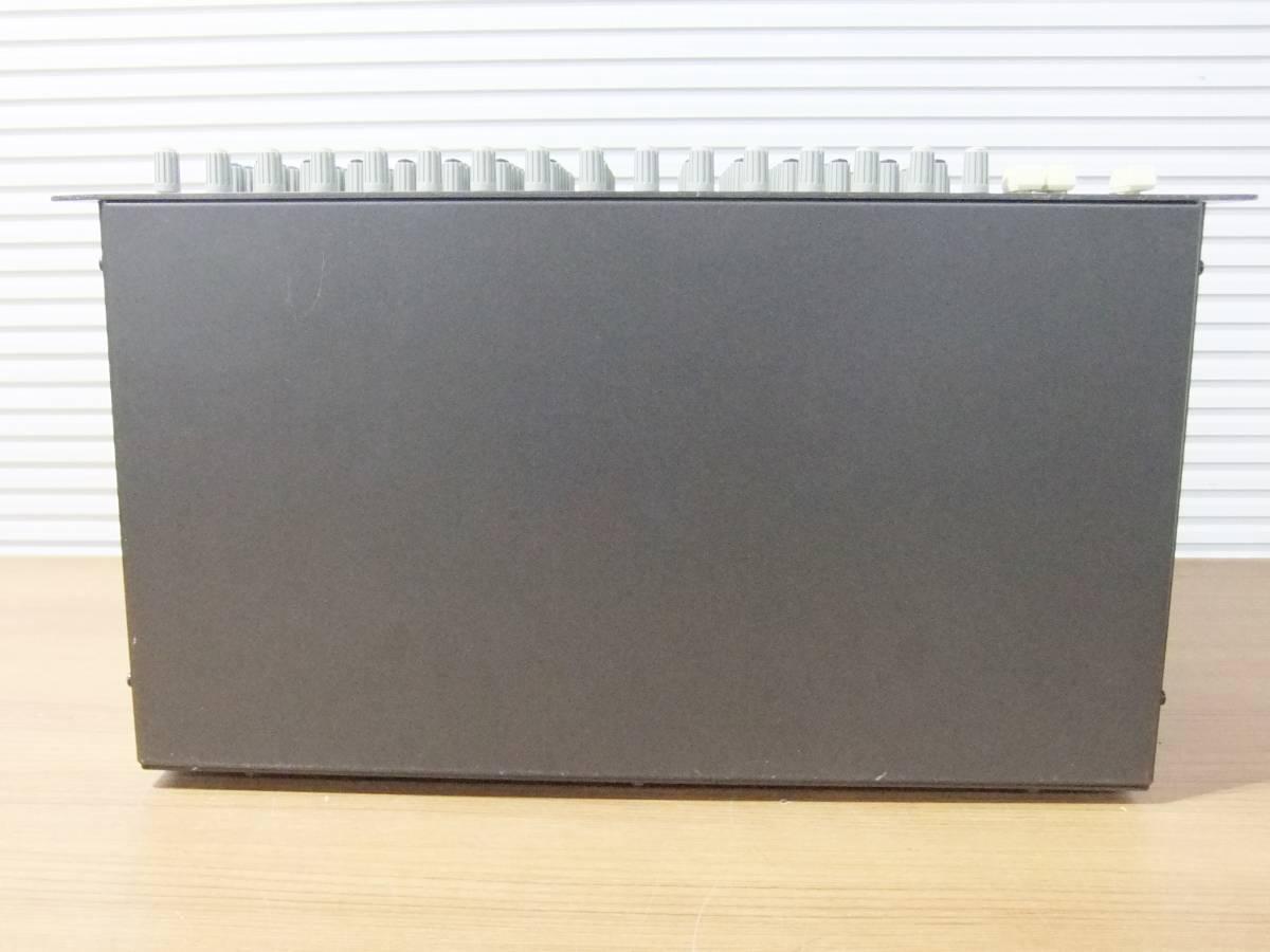 E1F肆◎【中古品】LINEミキサー MACKIE LM-3204 16chステレオ アナログラインミキサー_画像6
