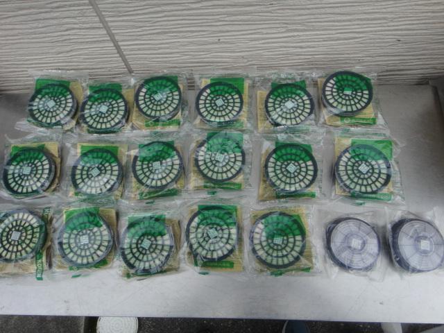 ●未使用 KOKEN サカヰ式 防毒マスク 5個 +吸収缶17個+防じんマスク2個_画像7