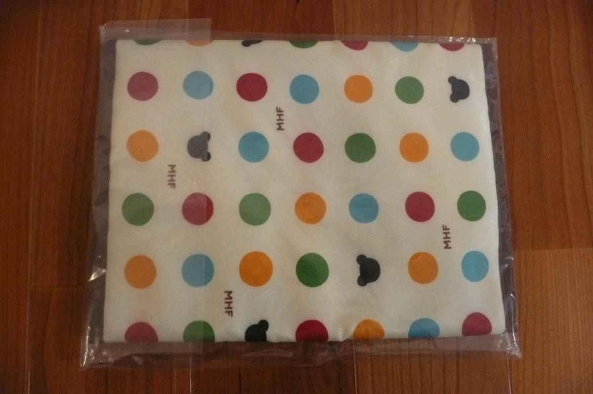 * Miki House diapers pouch polka dot . for new goods unused *