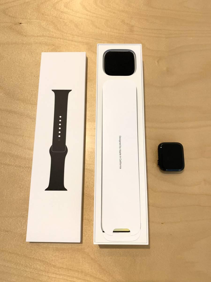 【美品】アップル Apple Watch Series 4 GPS+Cellularモデル- 44mm スペースブラックステンレススチールケース と ブラックスポーツバンド