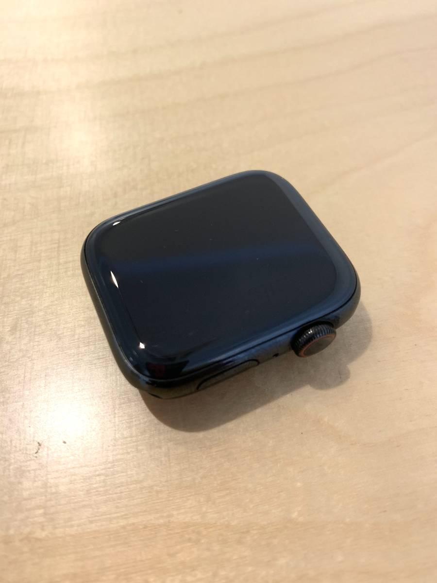【美品】アップル Apple Watch Series 4 GPS+Cellularモデル- 44mm スペースブラックステンレススチールケース と ブラックスポーツバンド_画像2