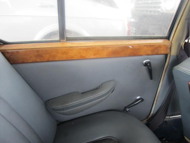 イギリス 旧車 バンプラ プリンセス 部品取り 書類無し _画像9