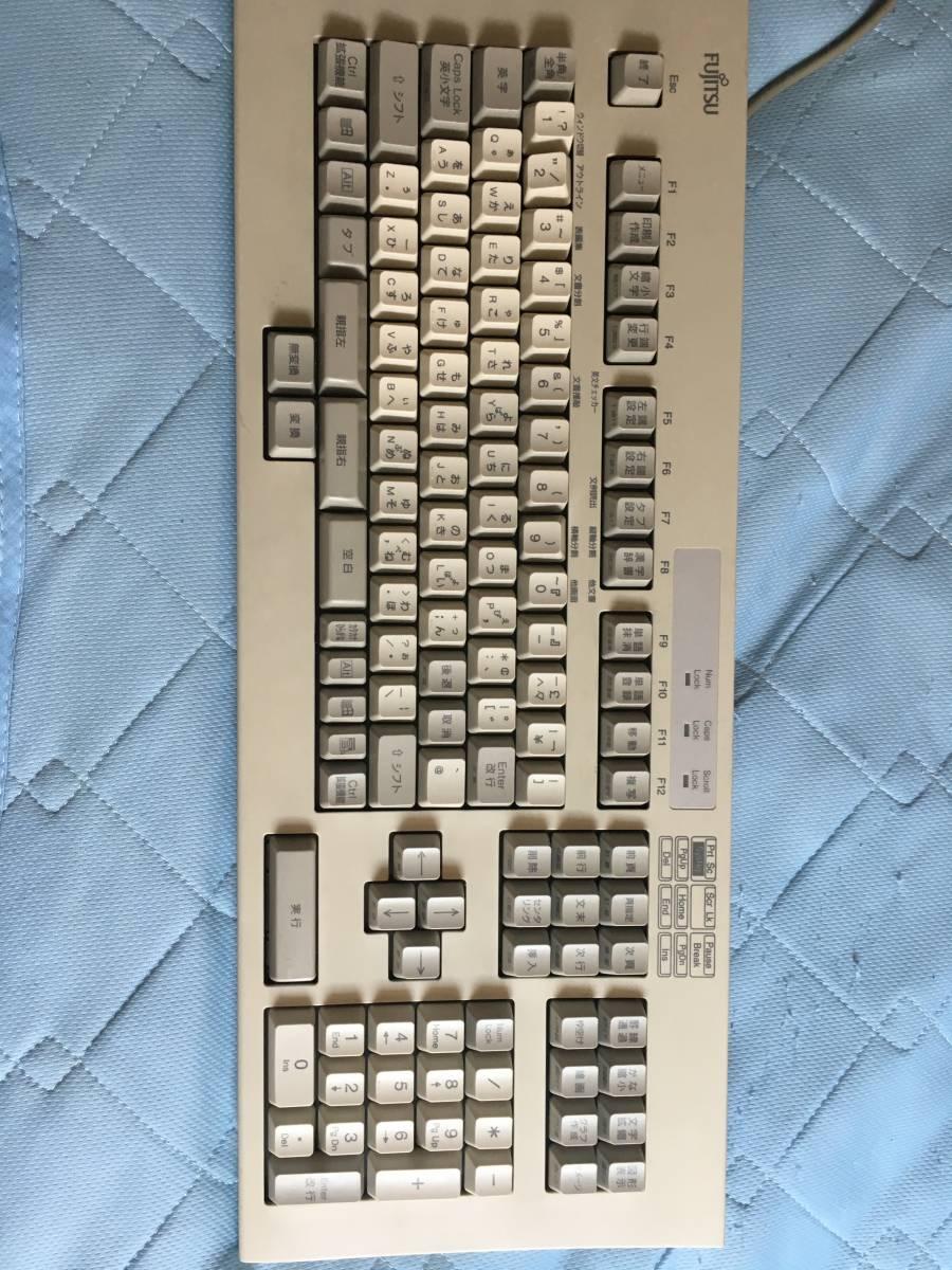【送料込】希少 富士通 親指シフトキーボード FMV-KB611 中古 オアシス 美品_画像4