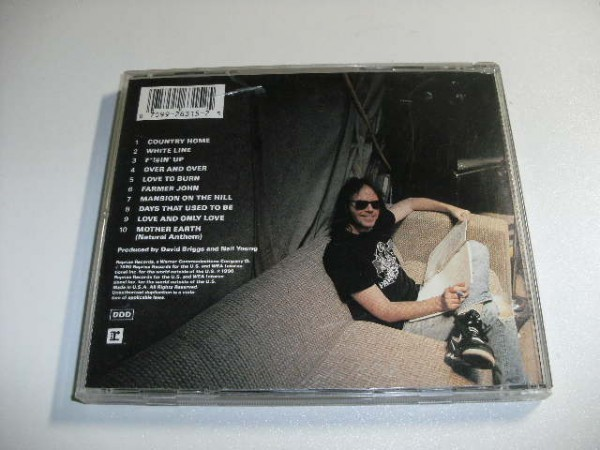 Neil Young/ニール・ヤング 『Ragged Glory』_画像2