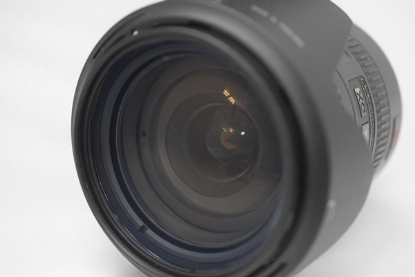 Nikon デジタル一眼レフカメラ D70 NikkorレンズAF-S DX VR Zoom-Nikkor 18-200mm f/3.5~5.6G IF-EDセット 動作確認済み_画像4