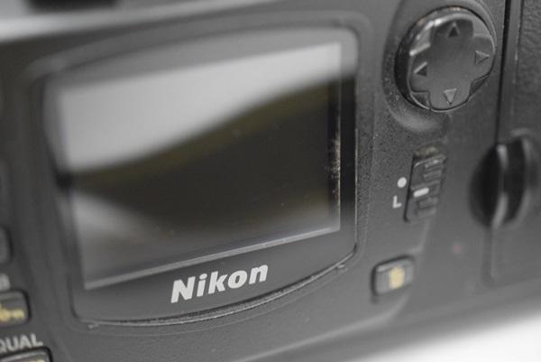 Nikon デジタル一眼レフカメラ D70 NikkorレンズAF-S DX VR Zoom-Nikkor 18-200mm f/3.5~5.6G IF-EDセット 動作確認済み_画像10