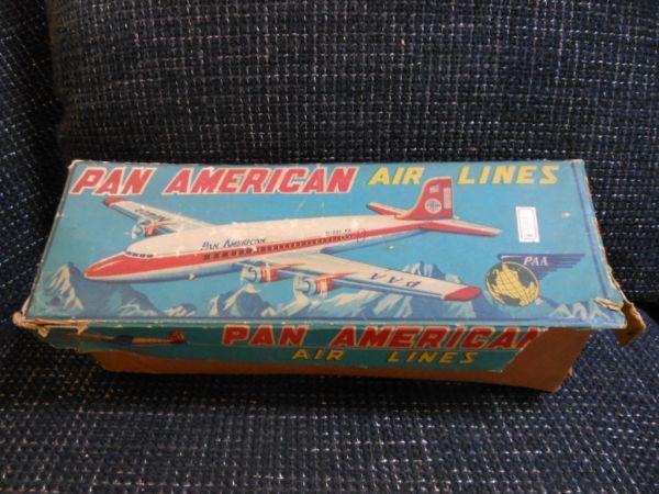 ☆当時物 日本製 ブリキ玩具 パンアメリカン エアライン 飛行機 箱付 青柳☆ブリキ ゼンマイ ビンテージ 貴重 JAPAN