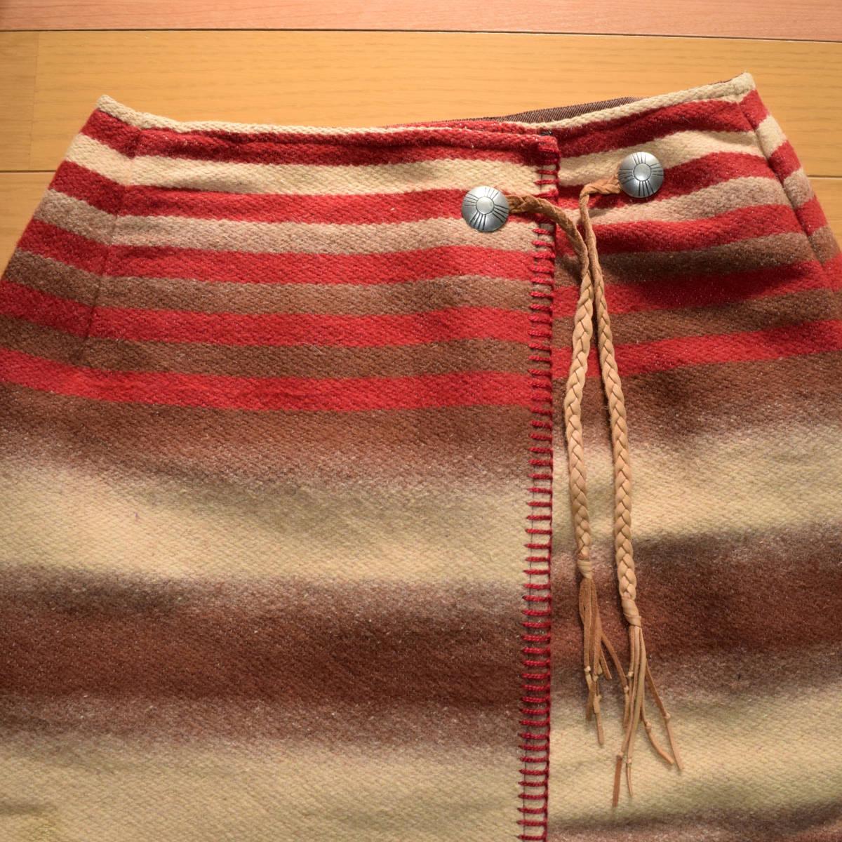 美品!USA製 ポロカントリー ネイティブ柄 ブランケット M ラグ ロング 巻きスカート コンチョ付 古着 ナバホ インディアン ビンテージ_画像2