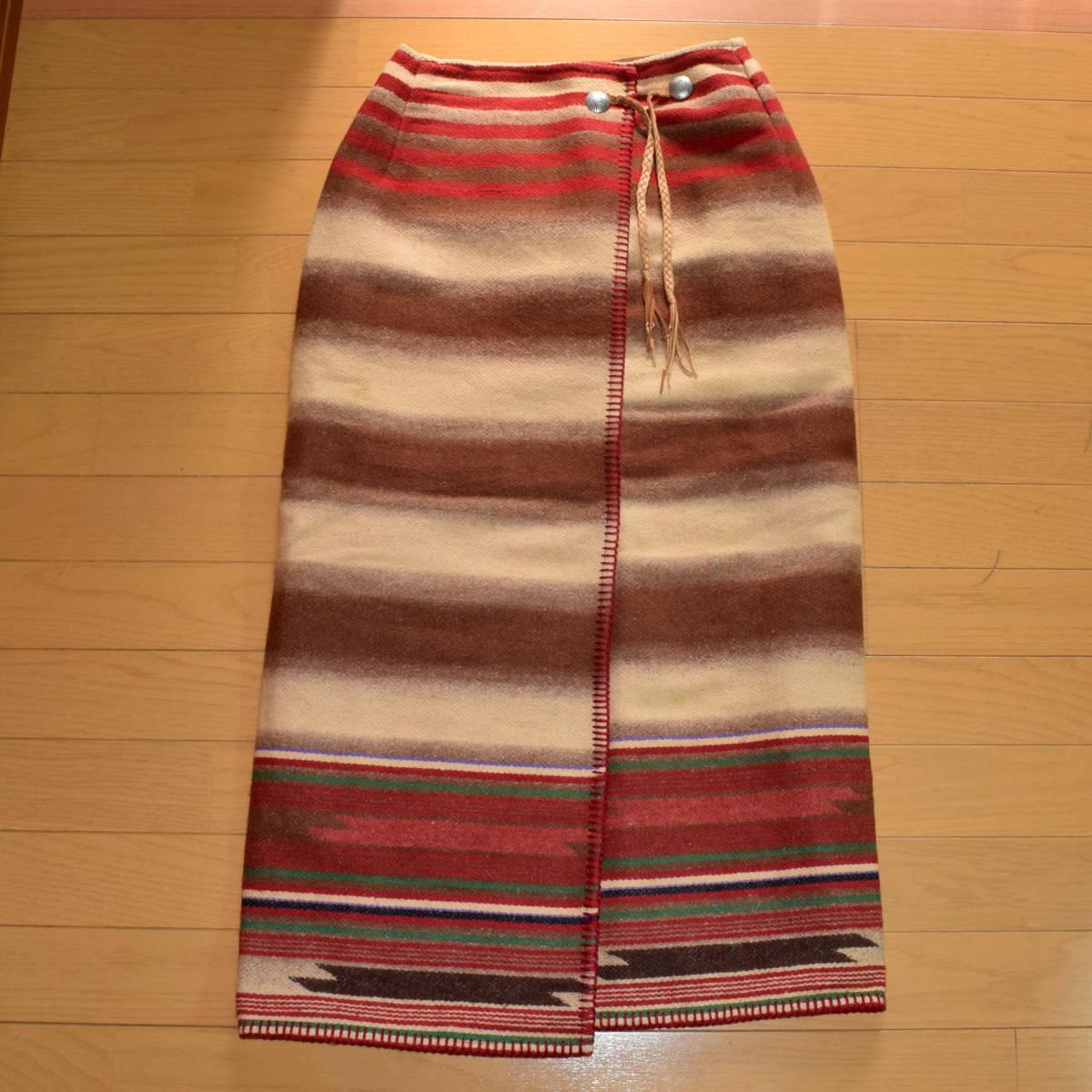 美品!USA製 ポロカントリー ネイティブ柄 ブランケット M ラグ ロング 巻きスカート コンチョ付 古着 ナバホ インディアン ビンテージ_画像5