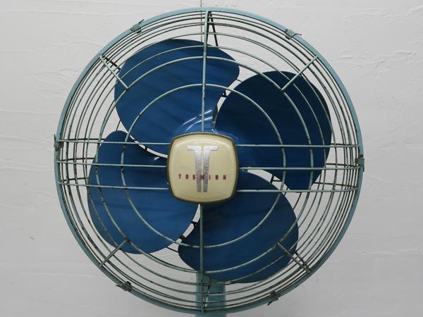 498 東芝 昭和レトロ 扇風機 HD型 わすれな草 空色(ツートン) 中古 動作確認済み_画像4