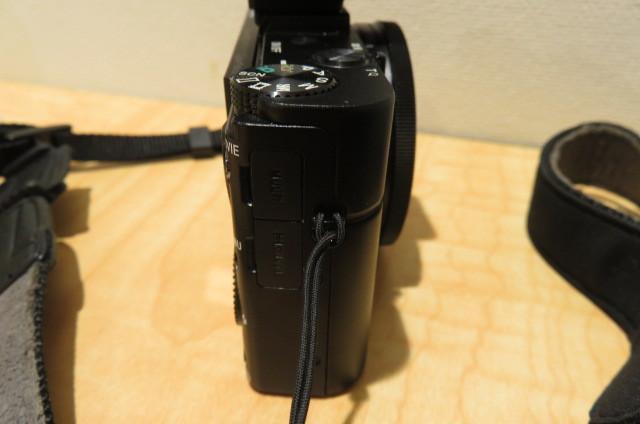 [20896] SONY ソニー DSC-RX100M2 サイバーショット デジタルスチルカメラ ブラック バッテリー無しのため動作未確認_画像6