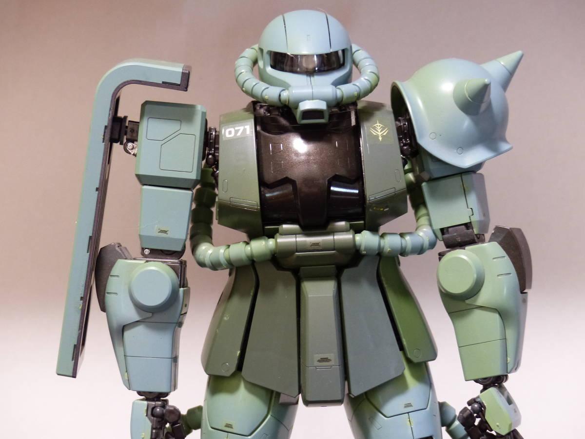 ★ PG1/60 量産型 ザクⅡ 完成品 ジャンク ガンダム ガンプラ _画像2