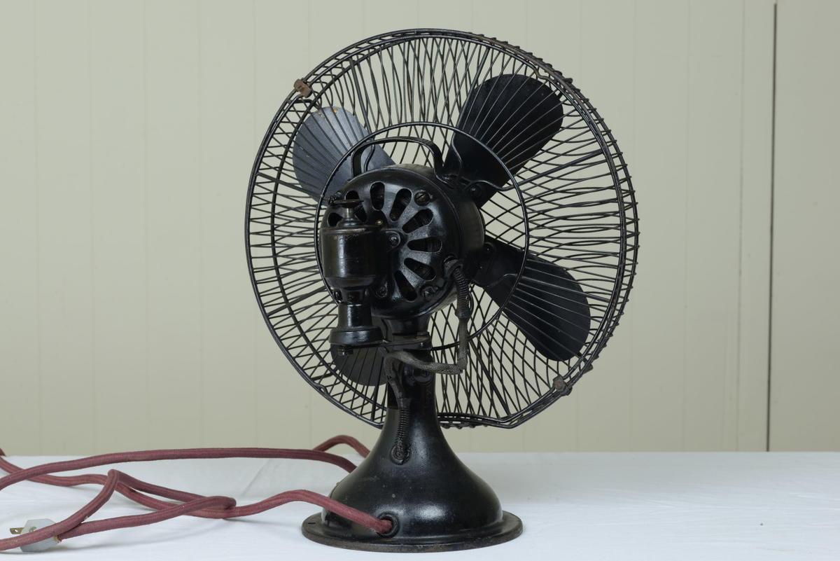 古い扇風機 芝浦製作所 黒色扇風機 12インチ 動作品 昭和レトロ_画像2