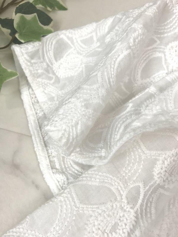 d660★ センスオブプレイス アーバンリサーチ 刺繍 コットン ホワイト プルオーバー ブラウス オフショル シャツ レディース トップス_画像3