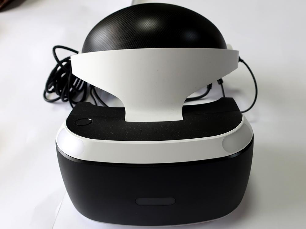 【中古美品】PSVR PlayStation VR Special Offer カメラ同梱 CUHJ-16007 (長期保証・おまけ付き)_画像2