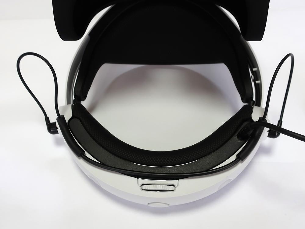 【中古美品】PSVR PlayStation VR Special Offer カメラ同梱 CUHJ-16007 (長期保証・おまけ付き)_画像4