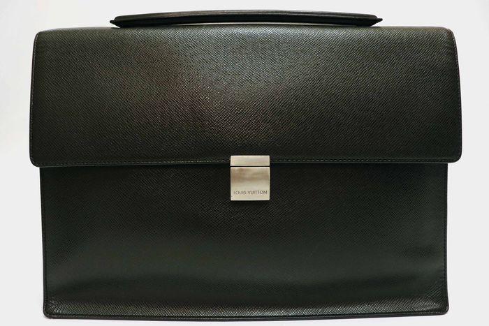 【美品】Louis Vuitton ルイヴィトン タイガ アンガラ ビジネスバッグ ブリーフケース メンズ アルドワーズ ブラック ビジネス鞄 _画像3