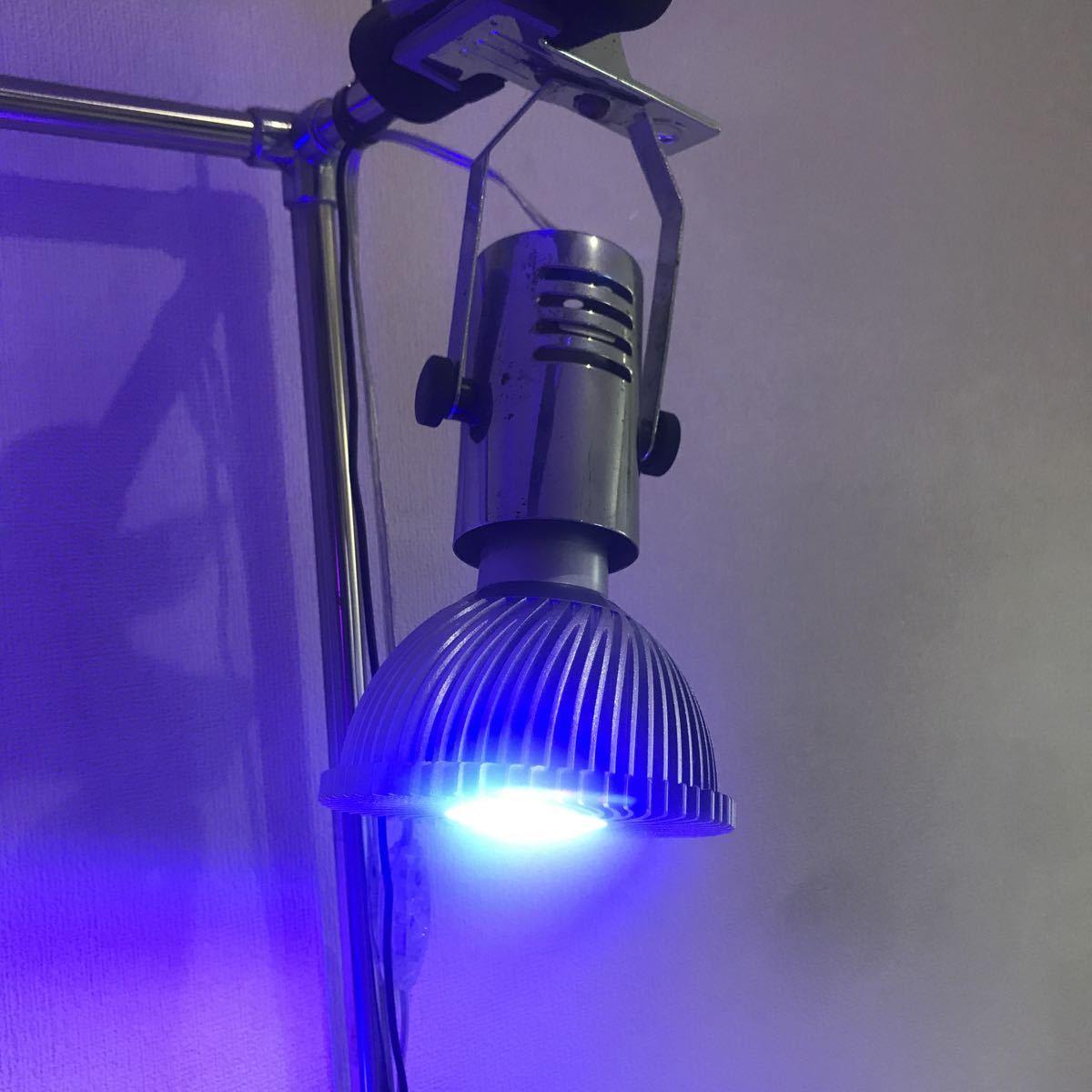 ボルクスジャパン GrassyLeDio(グラッシーレディオ)27 Reef Purple 9×3Wとメーカー不明LEDライト(ブルー)×2個_画像2
