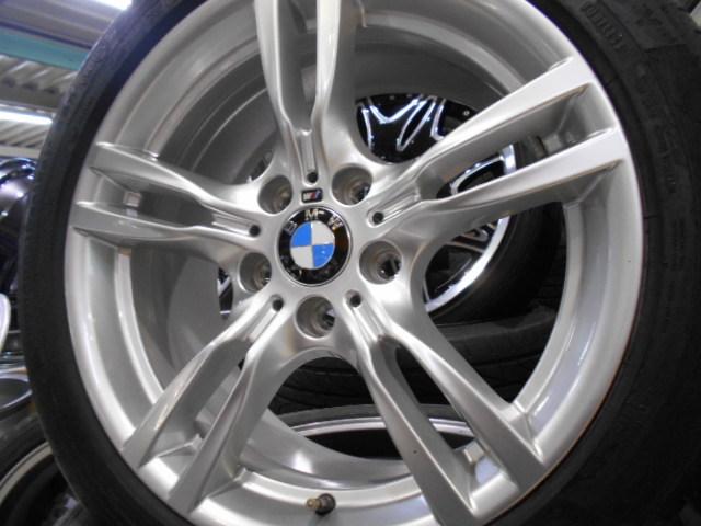 【売り切り】傷直し無しの綺麗品!! BMW F30 3シリーズ 純正 Mスポーツ スタースポーク 400M 18インチ ランフラットタイヤ付き_画像6