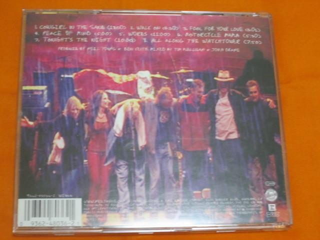 ♪♪♪ ニール・ヤング Neil Young 『 Road Rock V 1 』輸入盤 ♪♪♪_画像2