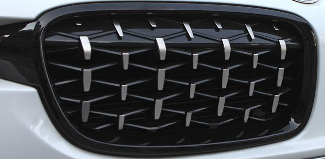 在庫一個 即発送BMW 2019年式 3シリーズ キドニーグリル f30 f31 f35 ダブルフィン 艶有り ブラック シルバー 左右セット ダイヤモンド_画像8