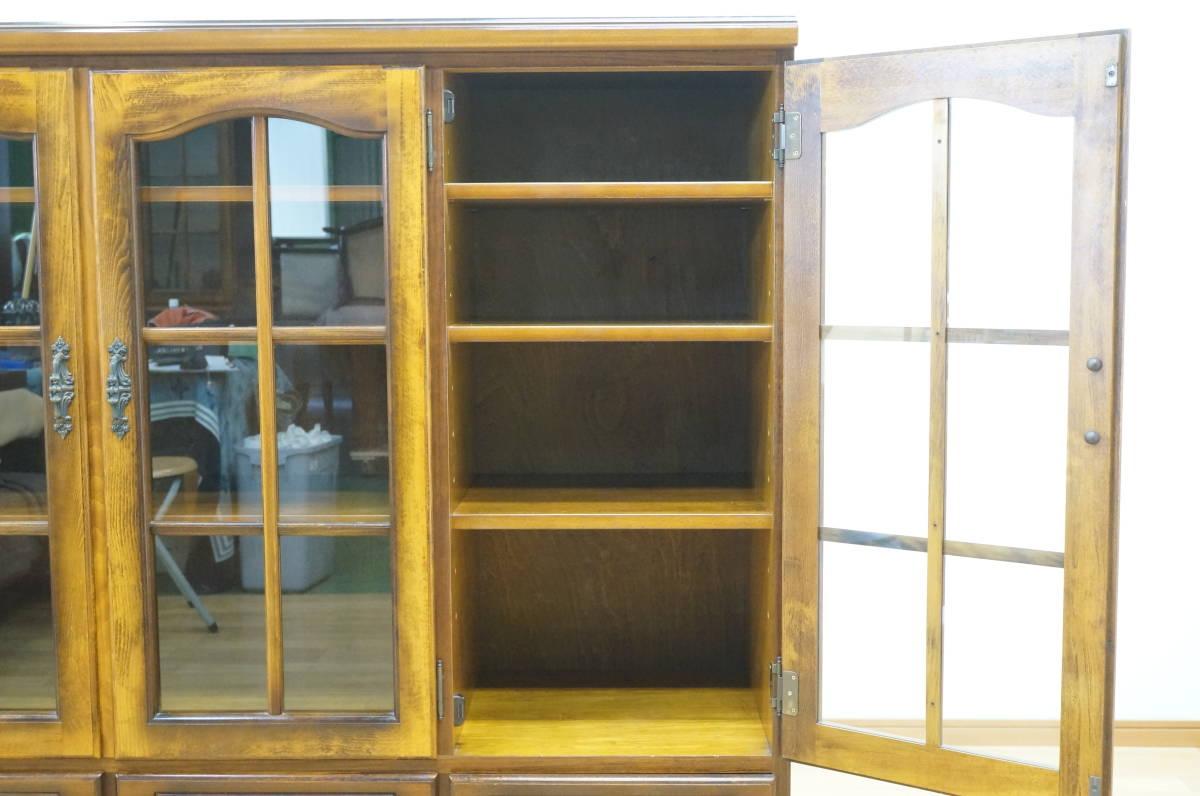 【karimoku/カリモク】コロニアル サイドボード 飾り棚 リビング 家具 _画像4