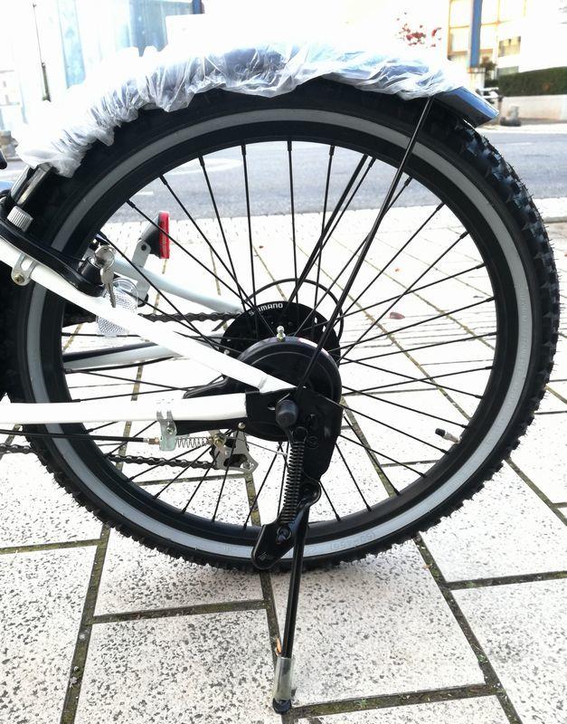 新品未使用★子供CTB自転車★22インチ 黒 BATMAN シマノ6段変速_画像8